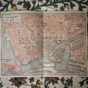 A map of Le Havre from 1913 has just arrived in the mail. Lovely condition.