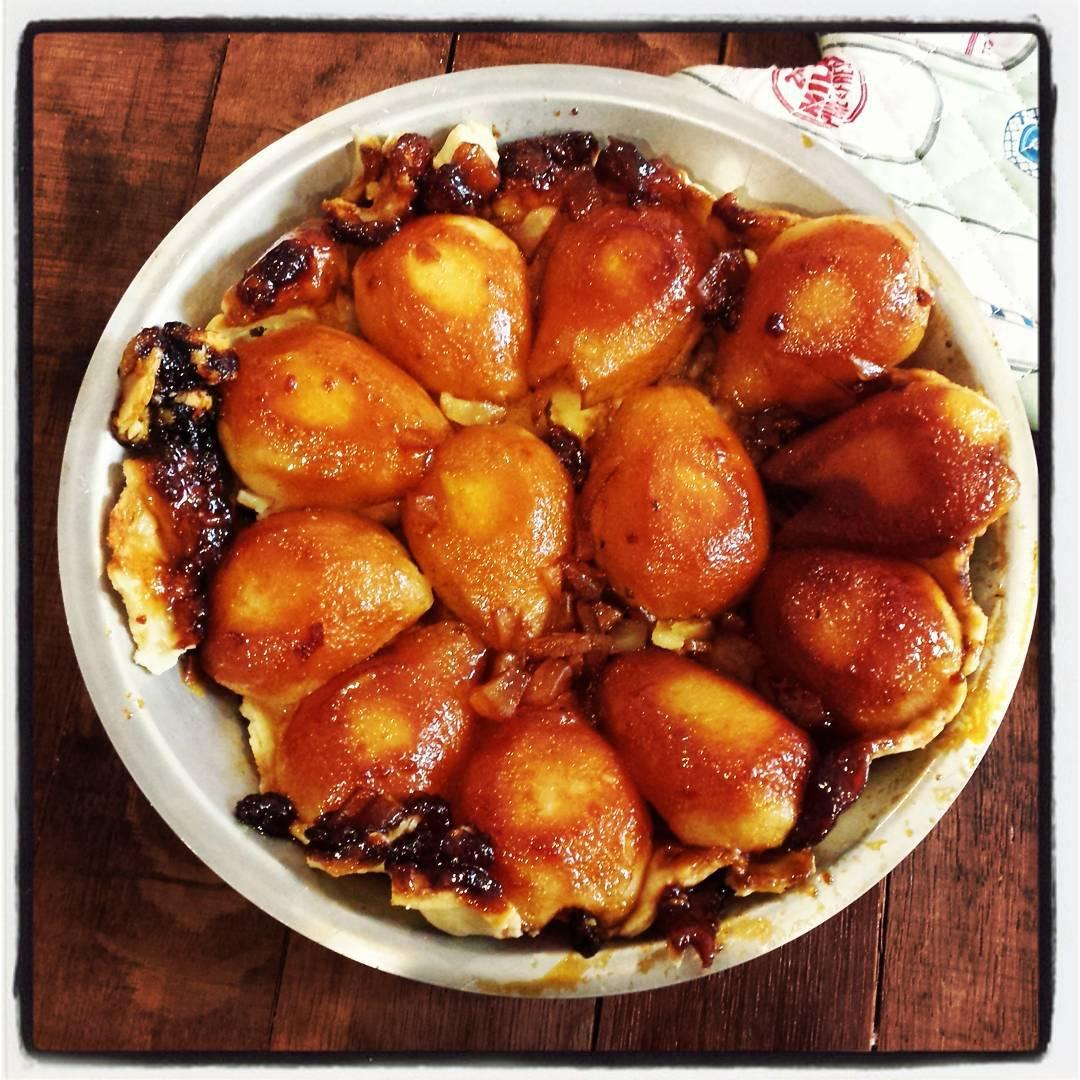 Ginger pear tarte tatin